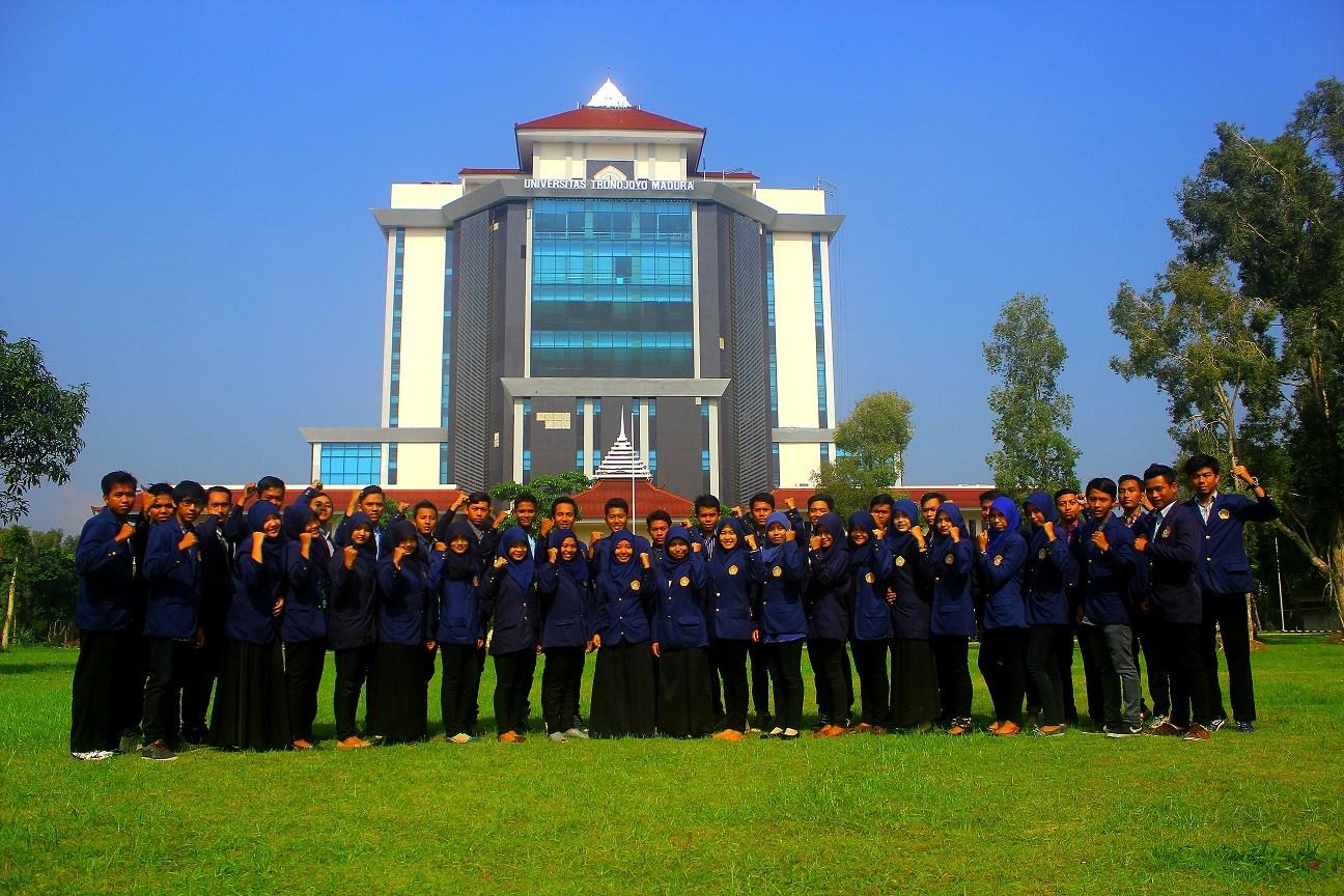 akreditasi kampus UTM
